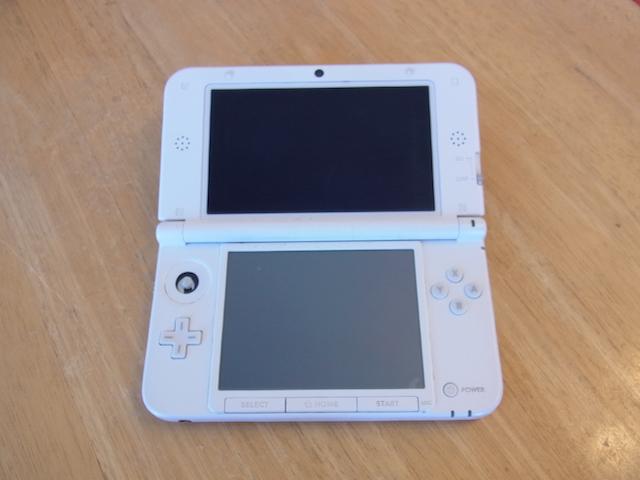任天堂3DSスライドパッド修理 新所沢のお客様