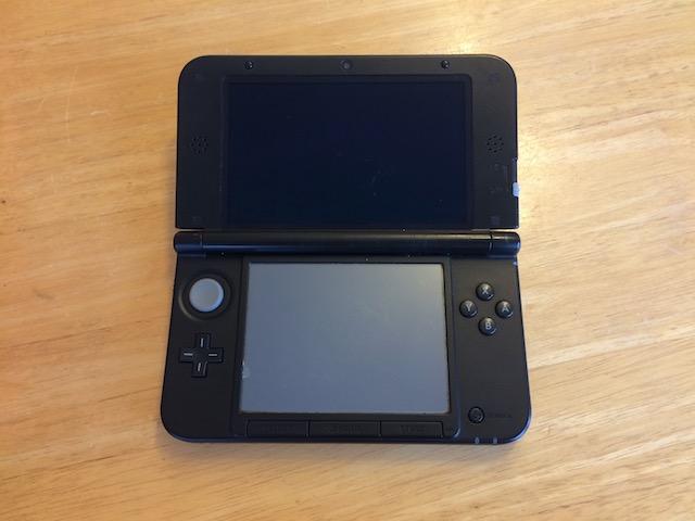仙台市内のお客様 任天堂3DSタッチパネル故障修理