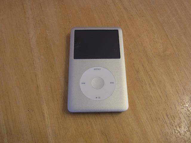 西東京市のお客様 iPod classicバッテリー交換受付
