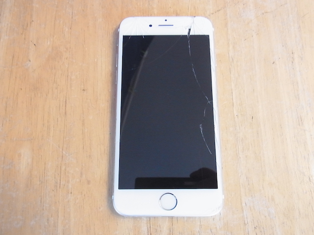 航空公園のお客様 iPhoneガラス交換 持ち込み修理